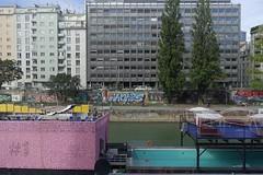 Vienna (Wien) - DonauKanal - 3 (fred.weg) Tags: vienna wien austria donaukanal kanal donau danube quay vienne