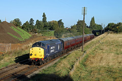37714 Woodthorpe (CD Sansome) Tags: gcr great central railway train trains woodthorpe 37 37714 tractor drs direct rail services heritage preserved br british