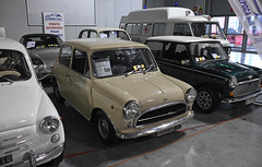 Innocenti Mini 1000 // MI-U38401 (baffalie) Tags: auto voiture ancienne vintage classic old car coche retro expo italia sport automobile racing motor show collection club course race circuit italie milan fiera moto bike motorbike motocycle