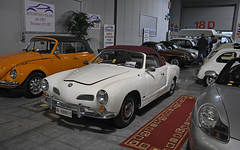 Volkswagen Karmann Ghia cabriolet // VR-888615 (baffalie) Tags: auto voiture ancienne vintage classic old car coche retro expo italia sport automobile racing motor show collection club course race circuit italie milan fiera moto bike motorbike motocycle