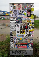 Stickercombo (wojofoto) Tags: amsterdam nederland netherland holland ndsm streetart stickers sticker stickerart stickercombo wojofoto wolfgangjosten wojo hallokarlo