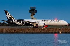 ZK-NZL NZ B789 34L YSSY-8368 (A u s s i e P o m m) Tags: sydney newsouthwales australia airnewzealand na boeing b789 syd yssy sydneyairport