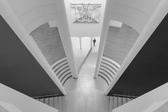 Good Job, Sir (marionrosengarten) Tags: museum mmk frankfurt visitor humanelement sw mono bw high fromabove symmetry symmetrical nikon wideangle uww weitwinkel person perspective pov sigma