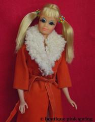 VINTAGE MOD PJ TWIST N TURN FRIEND BARBIE DOLL w/ GLAMOUR GROUP COAT OUTFIT (laika*2008) Tags: vintage mod pj twist n turn friend barbie doll w glamour group coat outfit mattel fashiondoll japan
