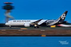 ZK-NZL NZ B789 34L YSSY-8403 (A u s s i e P o m m) Tags: sydney newsouthwales australia airnewzealand na boeing b789 syd yssy sydneyairport