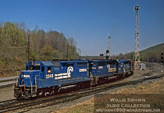 GP35 2348 leads 2 SD40-2's on ALPY at Allentown, PA in May of 1982 (Willie - Brown) Tags: williebrownslidecollection conrail emd gp35 allentown