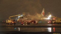 P3101792-2 TRUDEAU (hex1952) Tags: yul trudeau deicing winter