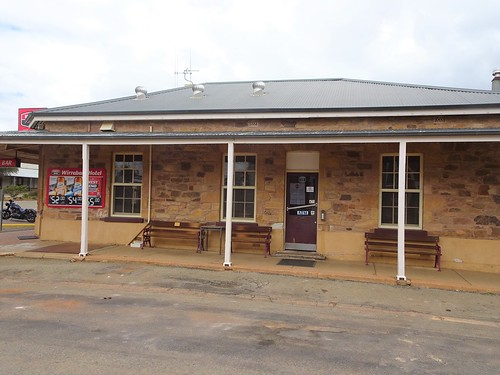 Wirrabara. Side view of the Wirrabara Hotel built and licensed in 1875.