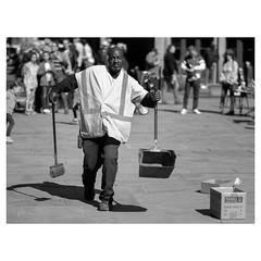 sweet (luked.photo) Tags: fujifilm fujifilmusa fujinon fuji fujix xt2 xf56 xf56mm xf5612 nola neworleans street streetphotography streetlife monochrome blackandwhite bw