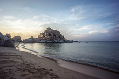Dinh Cape (kuuan) Tags: voigtländerheliarf4515mm manualfocus mf voigtländer15mm aspherical f4515mm superwideheliar apsc sonynex5n saigon hcmc vietnam street cana coast beach cape capedinh muidinh landscape rock sunrise