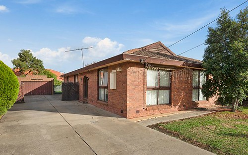 55 Intervale Dr, Avondale Heights VIC 3034