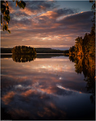 Suomi (niggyl :)) Tags: suomi finland centralfinland jyväskylä myhinpääntie lakevhvanen nikcollection colorefexpro4 colorefexpro lumenzia breathtakinglandscapes landscape lake reeds sundown clouds reflection abstract water ripples fujifilm fujifilmxt1 fujixt1 xt1 fujinon fujinonxf1855284rlmois fujixf1855r xf1855284 xf1855 autumn fall autumncolours fallcolours