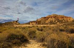Cabaña de Trepa (explore 283) (pascual 53) Tags: bardenasreales canon 5ds 1635mm cabaña desierto composicion colores nubes saludos