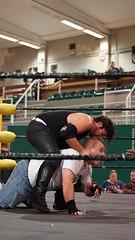 2019-10-13_17-50-19_ILCE-6500_DSC07417 (Miguel Discart (Photos Vrac)) Tags: 2019 70mm bendamage catch charleroi combatdelutte dampremy e2875mmf2828 focallength70mm focallengthin35mmformat70mm highiso ilce6500 iso4000 lutte rafaelbelmont sony sonyilce6500 sonyilce6500e2875mmf2828 sport strapmatchcontractonapole wac wrestling wrestlingalliancecompany wrestlingmatch