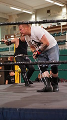 2019-10-13_17-49-43_ILCE-6500_DSC07388 (Miguel Discart (Photos Vrac)) Tags: 2019 70mm bendamage catch charleroi combatdelutte dampremy e2875mmf2828 focallength70mm focallengthin35mmformat70mm highiso ilce6500 iso4000 lutte rafaelbelmont sony sonyilce6500 sonyilce6500e2875mmf2828 sport strapmatchcontractonapole wac wrestling wrestlingalliancecompany wrestlingmatch