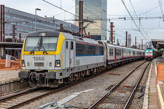 14.10.19 | SNCB 1866, Bruxelles-Midi (Jamie A. Hunter) Tags: canon canonphotography canoninc canonef24105mmf4lisusm canoneos5ds nl netherlands belgium trains train trainstation railway railways railwaystation rail haarlem brussels bruxelles digital travel europe europeanunion eurostar canoneurope