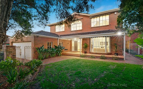 18 Durward Road, Malvern East VIC 3145