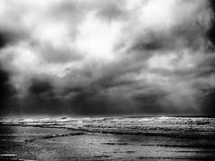 StrongWaves.jpg (Klaus Ressmann) Tags: klaus ressmann omd em1 beach foleron landscape nature blackandwhite clouds flcnat waves klausressmann omdem1