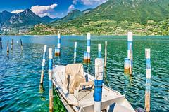 Lago d'Iseo 2019 - Monte isola - Carzano (karlheinz klingbeil) Tags: tamron2470 anleger d850 pier nikon 2470 steg see water wasser italy italia lake lagoiseo lago italien