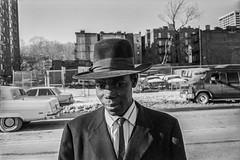 Malcolm X Boulevard, NYC 1994 (espaciosparaelarte) Tags: fotografía fotografia foto fotoperiodismo fotográfica exposición exposiciones espacio expo espaciosparaelarte exposicion nuevayork nyc joséantoniocarrera salacanalisabelii canal