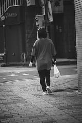 街 (fumi*23) Tags: ilce7rm3 sony sel85f18 85mm fe85mmf18 people a7r3 alley monochrome bw blackandwhite emount 街 モノクロ