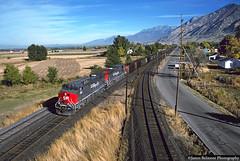 Coal Empties (jamesbelmont) Tags: timpanogos locomotive rsilway railroad train utah springville coal ac4400cw ge southernpacific