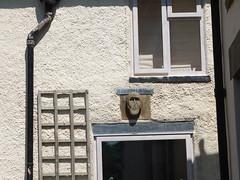 Stone Head on a Tideswell cottage (richarddubreq) Tags: stonehead pagan celtic derbyshire peakdistrict folklore tideswell tidza custom