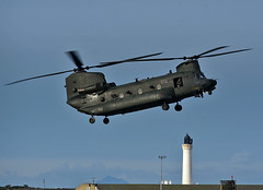 Chinook HC5 (np1991) Tags: royal air force raf lossiemouth lossie moray scotland united kingdom uk nikon digital slr dslr d7200 camera nikor 70200mm vibration reduction vr f28 lens aviation planes aircraft boeing ch47 chinook helicopter helo chopper