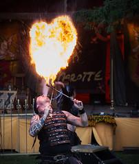 Burgfest auf der Burg Falkenstein/Harz (Helmut44) Tags: deutschland germany sachsenanhalt harz burgfalkenstein burgfest feuerspectaculum feuer feuerschlucker person artist fire evening event fest flamme