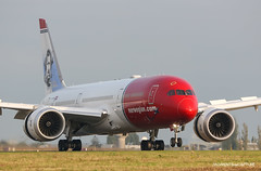 Boeing 787-9 Norwegian (Moments de Capture) Tags: boeing 7879 b787 787 norwegian aircraft plane avion aeroport airport spotting lfpg cdg roissy charlesdegaulle onclejohn canon 5d mark3 5d3 mk3 momentsdecapture lnlns