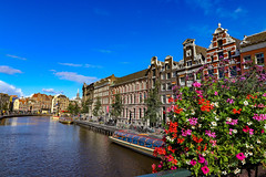PSX_20191003_174758 (natalie.fiction) Tags: amsterdam amsterdamcanals amsterdamn holland goodplace placetobe travel summer flowers colorful colorfullife goodlife summertime europe europetravel beautiful destination