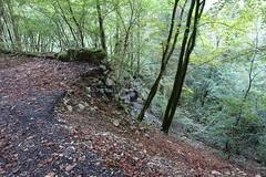 Unmaintained road @ Hike to Gorge des Usses