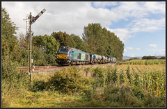 Corby Cats (Blaydon52C) Tags: 68001 68008 3s77 rhtt rail head treatment train drs direct service corby gates wetheral cumbria railway railways railfreight railroad trains transport trams locomotive locomotives loco carli kingmoor directrailservices