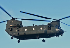 ZK554 (np1991) Tags: royal air force raf lossiemouth lossie moray scotland united kingdom uk nikon digital slr dslr d7200 camera nikor 70200mm vibration reduction vr f28 lens aviation planes aircraft boeing ch47 chinook helicopter helo chopper