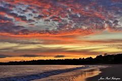 Octobre sunset (jean-paul Falempin) Tags: mer plage nuages sunset ciel brittany bretagne trescadec finistère groupenuagesetciel