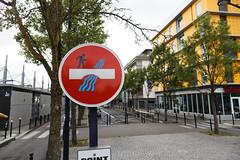 Traversée interdite (OliveTruxi (2 Million views Thks!)) Tags: abraham art2rue artderue arturbain bordeaux clet graffiti streetart urbanart wallart paris