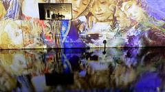 Lichterfest 2019 - James-Simon-Galerie II (Pascal Volk) Tags: berlin mitte museumsinsel museumisland isladelosmuseos spreekanal kupfergraben jamessimongalerie jamessimongallery berlinmitte nacht night noche lichterfest berlinleuchtet festivaloflights berlinilluminated projection spiegelung reflexion reflection reflexión reflejo réflexion wasserspiegelung reflexióndelagua waterreflection wideangle weitwinkel granangular superwideangle superweitwinkel ultrawideangle ultraweitwinkel ww wa sww swa uww uwa 15mm herbst fall autumn otoño canonpowershotg1xmarkiii joby gorillapodslrzoom ballheadslrzoom dxophotolab