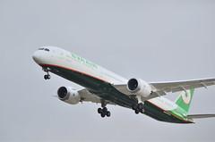 B-17805 (tai46) Tags: boeing 78710 dreamliner eva airways