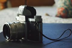 Praktica FX3 (LensAdventurer) Tags: sonynex5n camera praktica zeiss jena fx3 pentacon 50mm f18