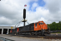 WNYP 685 MLW M636 (Trucks, Buses, & Trains by granitefan713) Tags: train locomotive sixaxles mlw m636 montreal cartier wnyp westernnewyorkpennsylvania shop enginehouse locomotiveshop