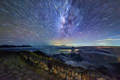 合歡山主峰雲海銀河爆炸星軌~星光燦爛爆炸~  Milkyway exploding (Shang-fu Dai) Tags: 台灣 taiwan 南投 nikon d800e sky landscape formosa galaxy 銀河 星空 milkyway 合歡山 hehuan 主峰 happyplanet asiafavorites
