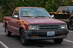 1992 Mazda B2200 (mlokren) Tags: 2019 car spotting photo photography photos pic picture pics pictures pacific northwest pnw pacnw oregon usa vehicle vehicles vehicular automobile automobiles automotive transportation outdoor outdoors 1992 mazda bseries b2200 pickup truck red