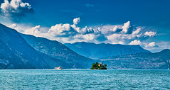 Lago d'Iseo 2019 (karlheinz klingbeil) Tags: d850 nikon see water italy italia lake lagoiseo clouds himmel wolken 2470 island sky tamron2470 italien lago insel wasser