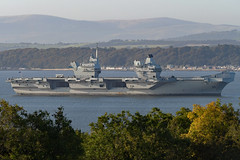 HMS Prince of Wales - Firth of Forth - 21-09-19 (MarkP51) Tags: sea water sunshine boat nikon ship sunny vessel d500 nikonafp70300fx scotland firthofforth royalnavy hmsprinceofwales aircraftcarrier