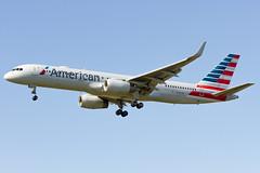 N205UW American Airlines Boeing 757-23N (Alpha Victor Photo) Tags: phl kphl philadelphiainternationalairport americanairlines n205uw boeing757200 75723n
