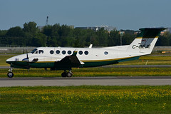 C-GEJE (Aviation CMP) (Steelhead 2010) Tags: aviationcmp beechcraft b350 kingair yul creg cgeje