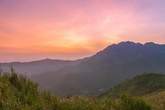 _J5K3306-20.3.0919.A Mú Sung.Bát Xát.Lào Cai (hoanglongphoto) Tags: natue thiênnhiên sky mountain nature landscape asian scenery asia vietnam northernvietnam northvietnam northwestvietnam vietnamlandscape vietnamscenery flanksmountain sunset canon redsky hdr phongcảnh bầutrời núi hoànghôn làocai tâybắc sườnnúi bầutrờimàuđỏ hoànghônvùngnúi hoànghôntâybắc canoneos1dsmarkiii bátxát canonef2470mmf28liiusm amúsung vietnammountainouslandscape