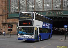 T197CLO McGills 910 (theroumynante) Tags: t197clo mcgills 910 dennis trident alexander alx400 glasgow central station scotland bus buses lowfloor doubledeck road transport metroline travel ta