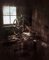 vintage links....(HWW) (BillsExplorations) Tags: windowwednesday window blacksmithshop historical oakvillecomplex vintage weathered rustic grunge hww ruraldecay decay snapseed illinois