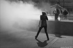 'Look I can Fly' (zolaczakl) Tags: lightshadow london tatemodern steam photographybyjeremyfennell people artinstallation fujikonakaya blackandwhite mono monochrome bw figure 2017 nikonafsnikkor24120mmf4gedvrlens nikond7100 jeremyfennellphotography england uk april
